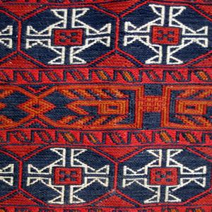 絨毯キリムの中の芸術的幾何学模様