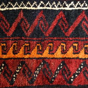 遊牧民の「風に織る絨毯・キリム展」を開催します7