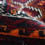 遊牧民バローチが織る絨毯